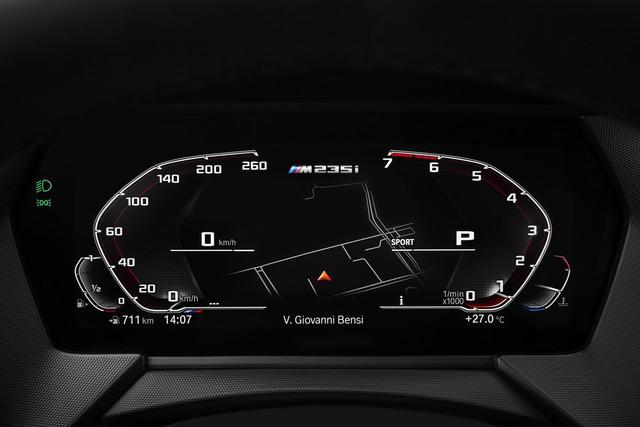 Ra mắt BMW 2-Series Gran Coupe: Cấu mỗi xe BMW một ít để cạnh tranh Mercedes-Benz CLA - Ảnh 11.