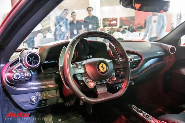 Đánh giá nhanh Ferrari F8 Tributo giá đồn đoán 30 tỷ đồng - siêu xe khiến nhiều đại gia Việt thèm muốn - Ảnh 9.
