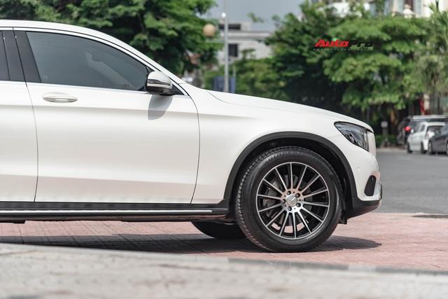 Mới chạy 20.000 km, hàng hiếm Mercedes-Benz GLC 300 Coupe rao bán với giá rẻ hơn cả tỷ đồng - Ảnh 2.
