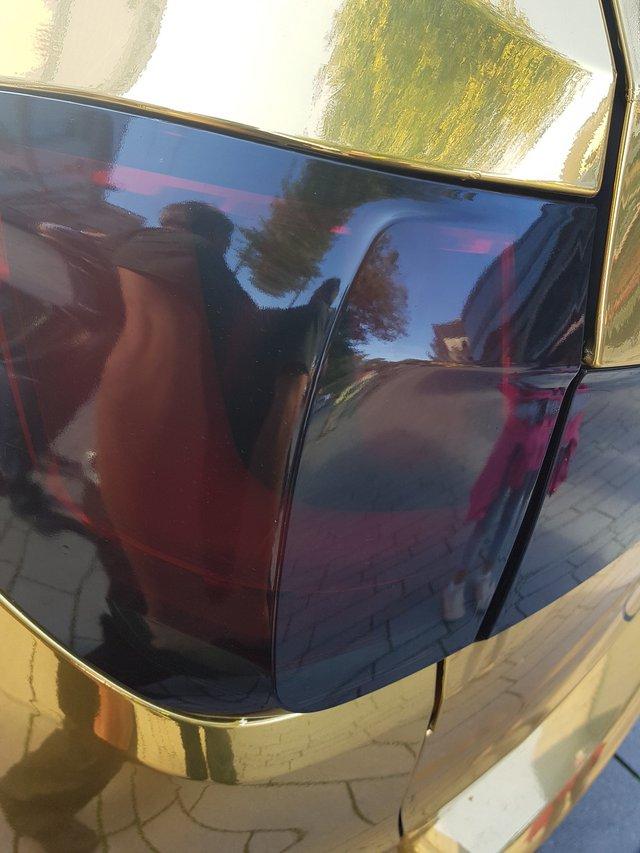 Dán decal chói lóa, chủ xe BMW X5 M bị cảnh sát tịch thu xe vì lý do không tưởng - Ảnh 3.