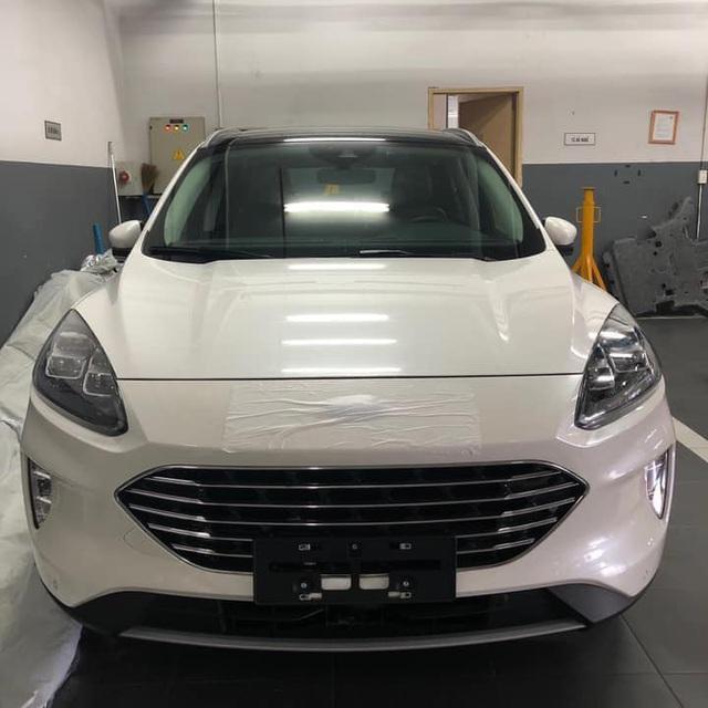 HOT: Ford Escape 2020 đầu tiên về Việt Nam, nhiều công nghệ hiện đại, giá sẽ không rẻ - Ảnh 1.