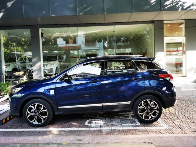 SUV Trung Quốc chốt giá ngang Toyota Vios số sàn, nhiều khách Việt 'chê' trang bị chưa xứng - Ảnh 1.
