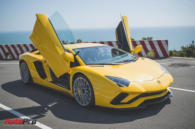 Khi Lamborghini Aventador đã trở nên phổ biến, đại gia Việt chi triệu USD sắm phiên bản đặc biệt - Ảnh 3.