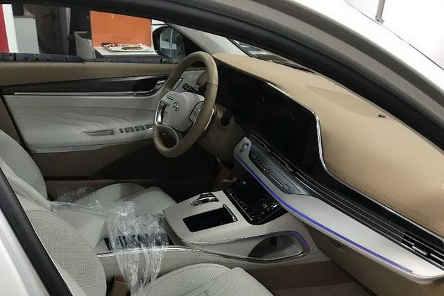 Hyundai Azera - Đàn anh Sonata đấu Toyota Avalon lộ bản mới, sexy bất ngờ - Ảnh 4.