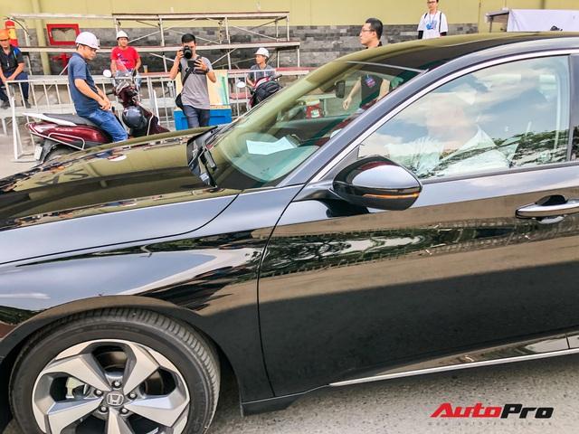 Honda Accord 2019 lăn bánh vào triển lãm, sẵn sàng ra mắt khách Việt với giá khoảng 1,2 tỷ đồng - Ảnh 3.