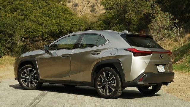 Sẽ có Toyota Yaris Cross sang chảnh đeo logo Lexus, giá chỉ ngang Camry - Ảnh 1.
