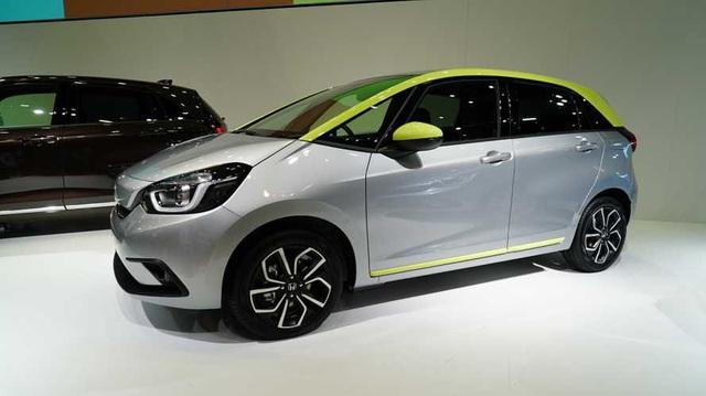 Honda Jazz 2020 chính thức ra mắt tại Nhật với động cơ hybrid mô tơ đôi
