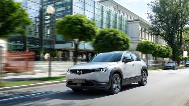 Ra mắt Mazda MX-30: Mở cửa như xe Rolls-Royce - Ảnh 4.