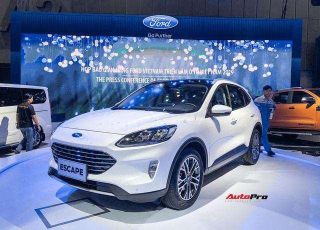 Trực tiếp Triển lãm Ô tô Việt Nam 2019: Ford tung át chủ bài Escape đời mới lắp ráp tại Việt Nam! - Ảnh 1.
