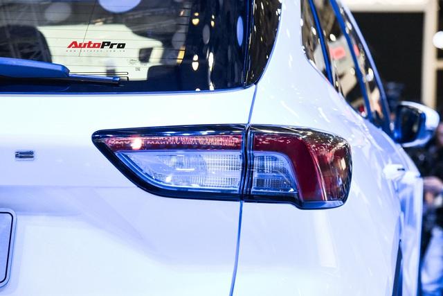 Khám phá nhanh Ford Escape 2019 - Porsche Macan bình dân chỉ chờ giá để cạnh tranh Honda CR-V và Mazda CX-5 - Ảnh 8.
