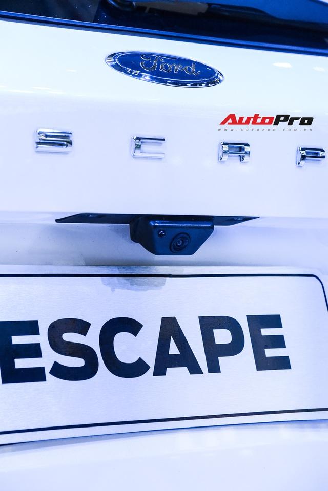 Khám phá nhanh Ford Escape 2019 - Porsche Macan bình dân chỉ chờ giá để cạnh tranh Honda CR-V và Mazda CX-5 - Ảnh 10.