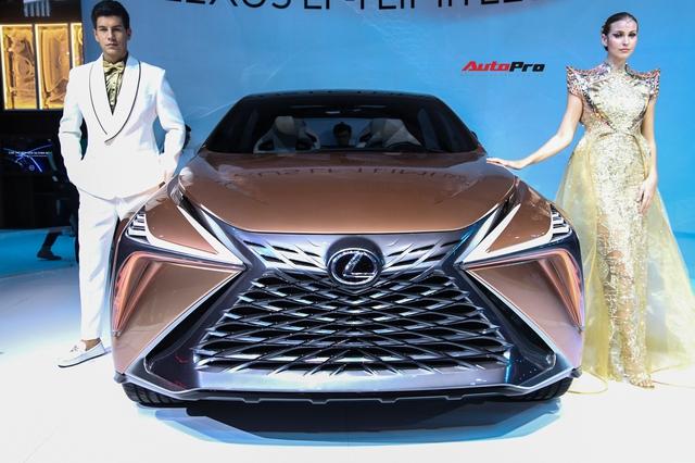Khám phá nhanh Lexus LF-1 Limitless: Toàn những thiết kế khó chê nhưng không dễ đưa vào thương mại để bán - Ảnh 2.