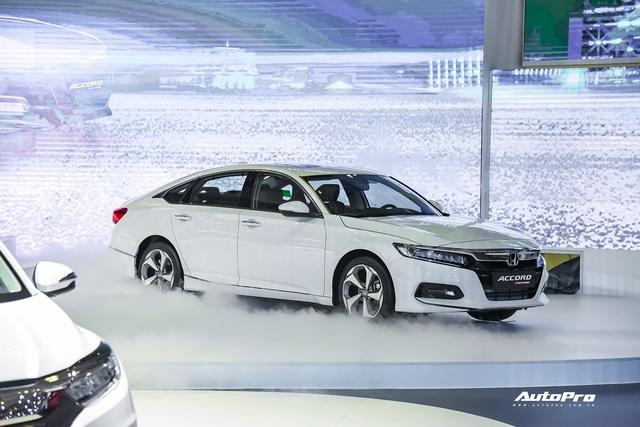 Honda Accord vượt điểm an toàn so với Toyota Camry nhưng riêng mục này lại kém đối thủ - Ảnh 1.