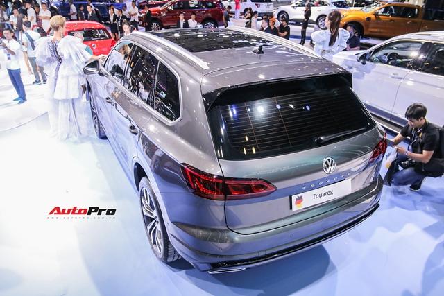 VW Touareg chốt giá từ 3,099 tỉ đồng tại Việt Nam - SUV 5 chỗ cho nhà giàu Việt - Ảnh 2.