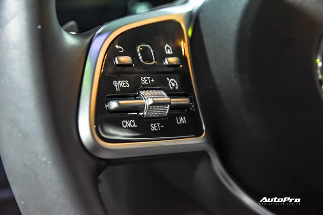 Đánh giá nhanh Mercedes-Benz GLE 450 2020: Tăng mọi thứ có thể để chiều khách Việt - Ảnh 9.