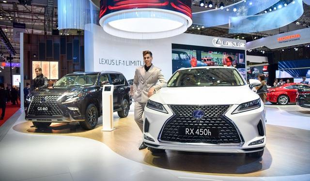Bộ đôi SUV Lexus đồng loạt nâng cấp tại Việt Nam, tăng giá cao nhất hơn nửa tỷ đồng - Ảnh 1.