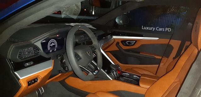 Thêm siêu SUV Lamborghini Urus về Việt Nam: Nhiều chi tiết không đụng hàng - Ảnh 2.