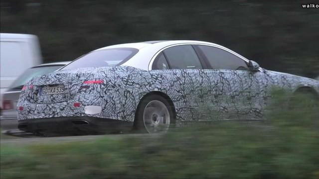 Mercedes-Benz S-Class tiếp tục lộ mặt chạy thử với trang bị mới - Ảnh 4.