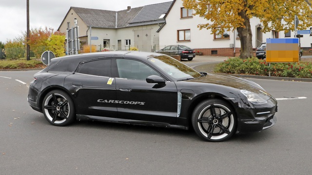 Porsche Taycan sắp về Việt Nam có thêm bản 'đuôi dài'