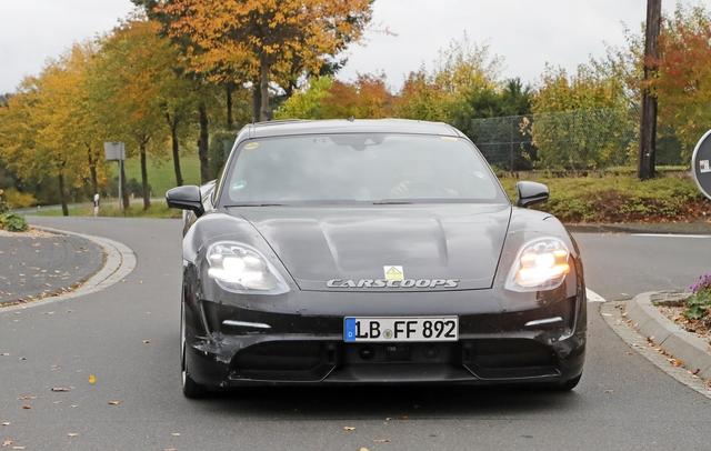 Porsche Taycan sắp về Việt Nam có thêm bản đuôi dài - Ảnh 2.