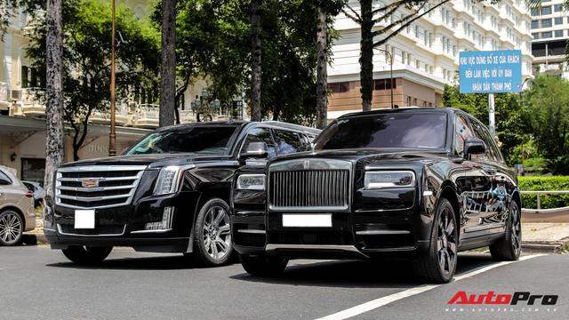 Rolls-Royce Cullinan giá đồn đoán 30 tỷ bất ngờ xuất hiện trên phố Sài Gòn - Ảnh 3.
