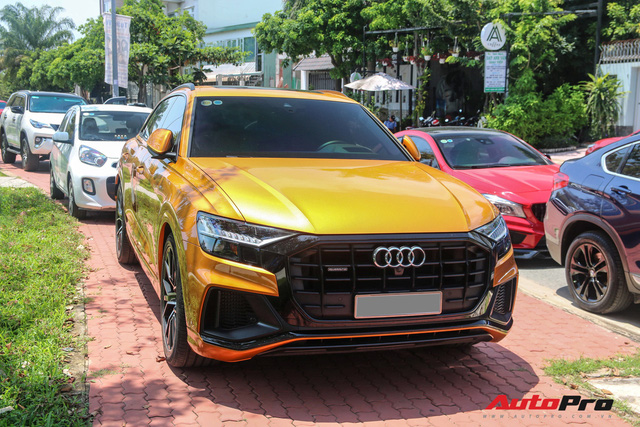 Cận cảnh Audi Q8 với gói ngoại thất ngàn đô, màu cam độc nhất Việt Nam - Ảnh 1.