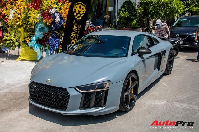 Đổi chủ từ ông chủ cafe Trung Nguyên tới Cường Đô-la và giờ là đại gia Bến Tre, chiếc Audi R8 V10 Plus này còn thay đổi màu nhiều nhất tại Việt Nam - Ảnh 3.