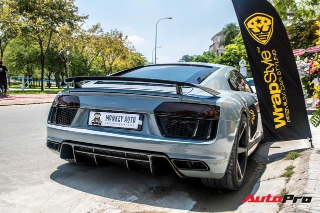 Đổi chủ từ ông chủ cafe Trung Nguyên tới Cường Đô-la và giờ là đại gia Bến Tre, chiếc Audi R8 V10 Plus này còn thay đổi màu nhiều nhất tại Việt Nam - Ảnh 9.