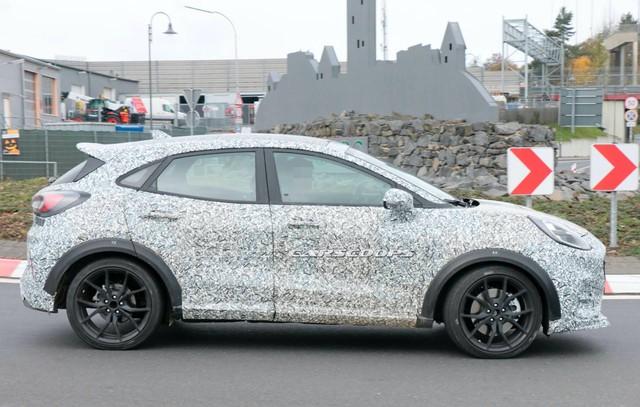 Ford bắt đầu chạy thử SUV cỡ nhỏ Puma ST, bỏ ngỏ khả năng thay thế EcoSport - Ảnh 1.