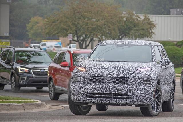 Mitsubishi Outlander 2021 lộ mặt, cà khịa Subaru Forester trên đường thử - Ảnh 2.