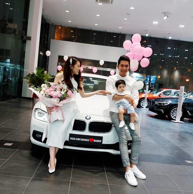 Hoài Anh Mango sắm BMW 320i đúng đợt giảm giá 275 triệu đồng - Ảnh 1.