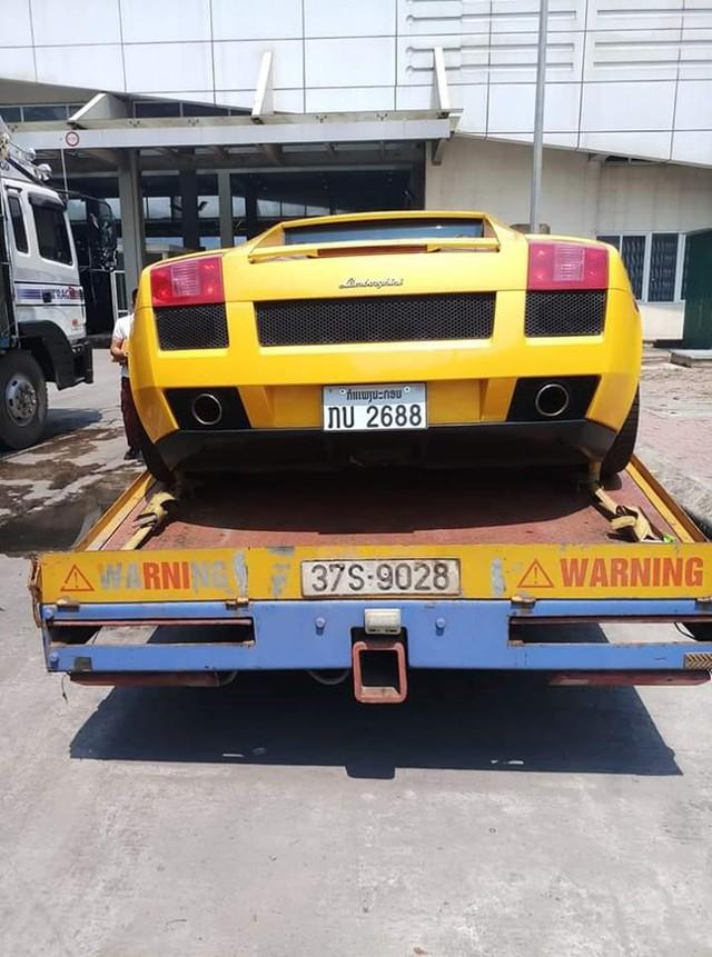 Thêm một chiếc Lamborghini Gallardo mới về Việt Nam với biển số lạ - Ảnh 1.