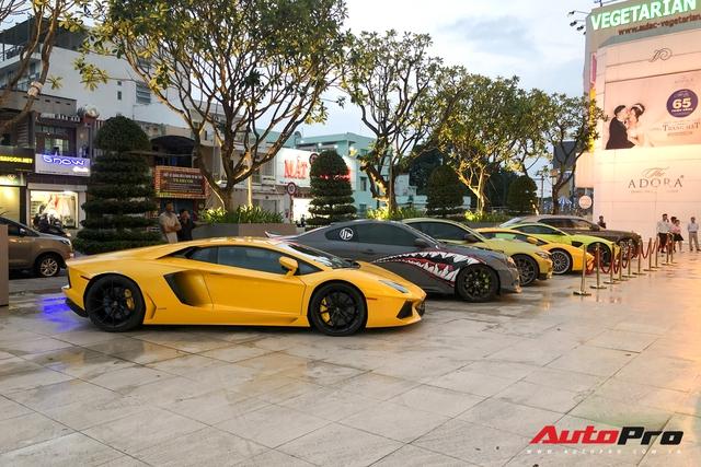 Sinh nhật vợ đại gia Hoàng Kim Khánh: Toàn siêu xe, xe sang và xe thể thao độc lạ nhưng thiếu vắng một chiếc xe gây tiếc nuối - Ảnh 2.