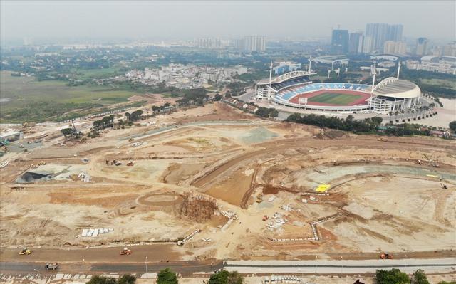 Sau 6 tháng thi công, hình hài đường đua ôtô F1 tại Hà Nội ra sao? - Ảnh 5.
