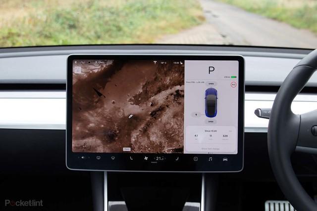 Những trải nghiệm độc lạ bên trong chiếc Tesla Model 3 không phải ai cũng biết - Ảnh 27.