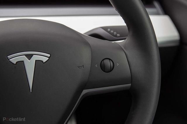 Những trải nghiệm độc lạ bên trong chiếc Tesla Model 3 không phải ai cũng biết - Ảnh 9.