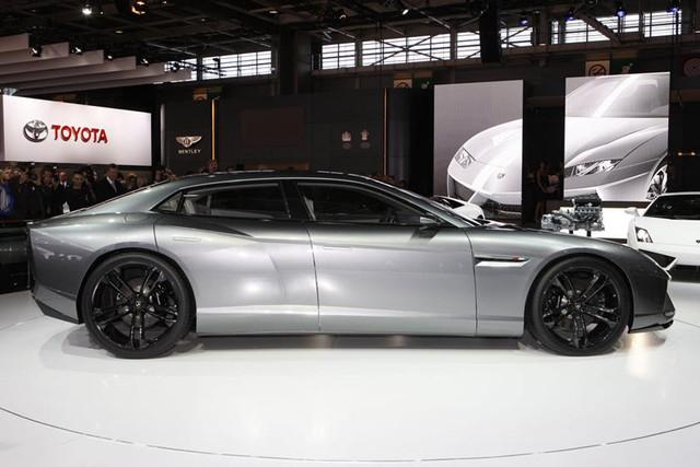 Mẫu xe mới của Lamborghini lộ diện, trái ngược hoàn toàn với tưởng tượng của giới mộ điệu - Ảnh 1.
