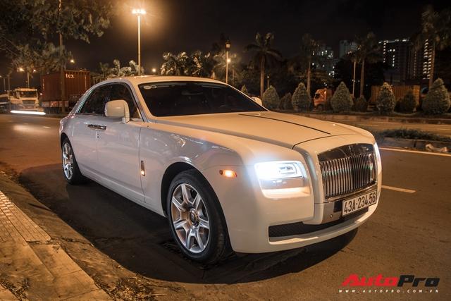 Rolls-Royce Ghost biển số khủng của đại gia Đà Nẵng bất ngờ xuất hiện tại Sài Gòn - Ảnh 1.