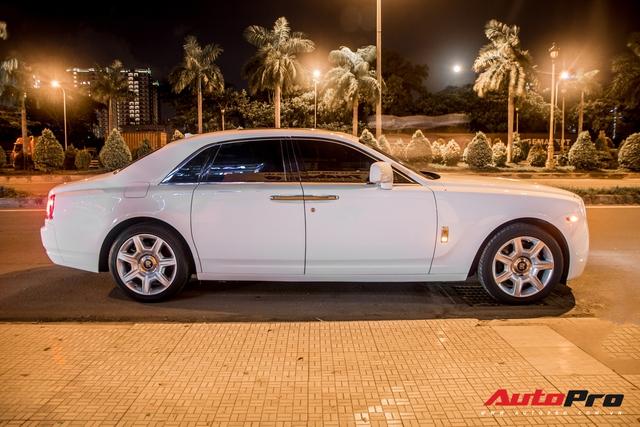 Rolls-Royce Ghost biển số khủng của đại gia Đà Nẵng bất ngờ xuất hiện tại Sài Gòn - Ảnh 2.
