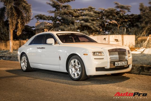Rolls-Royce Ghost biển số khủng của đại gia Đà Nẵng bất ngờ xuất hiện tại Sài Gòn - Ảnh 3.
