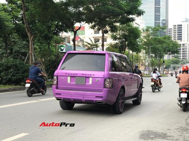 Chiếc Range Rover Autobiography sơn màu tím mộng mơ thu hút sự chú ý trên đường phố thủ đô - Ảnh 3.