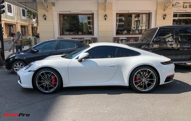 Doanh nhân Nguyễn Quốc Cường cầm lái Porsche 911 Carrera S tiền tỷ xuống phố - Ảnh 5.