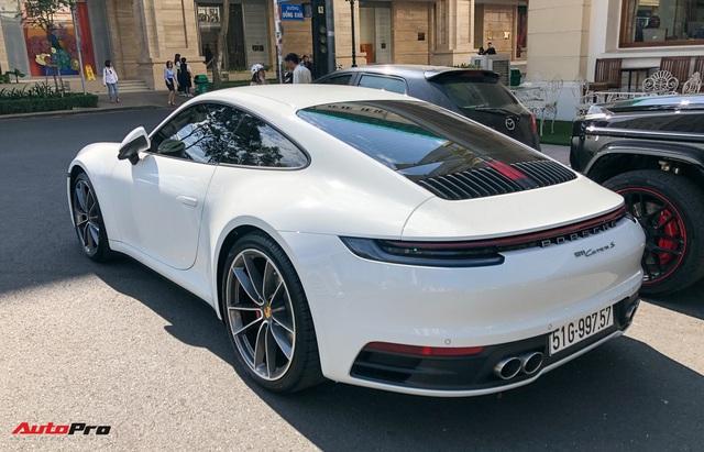 Doanh nhân Nguyễn Quốc Cường cầm lái Porsche 911 Carrera S tiền tỷ xuống phố - Ảnh 6.