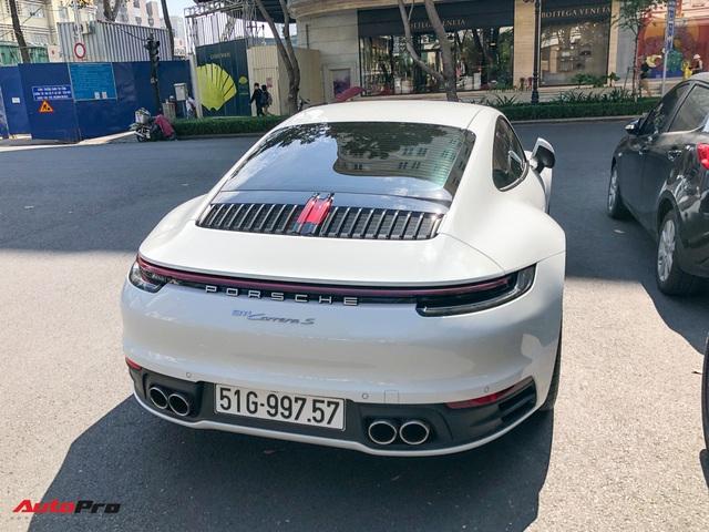 Doanh nhân Nguyễn Quốc Cường cầm lái Porsche 911 Carrera S tiền tỷ xuống phố - Ảnh 8.