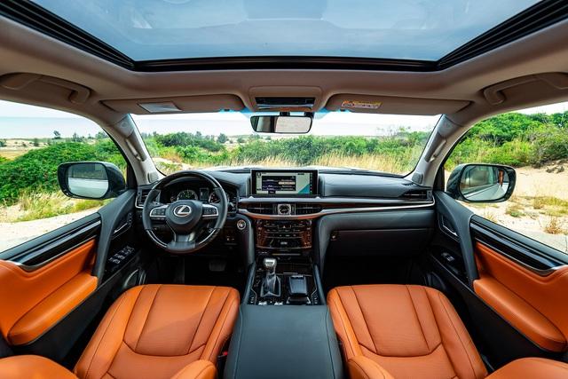 Lexus LX 570 phiên bản 2020 về Việt Nam: Thêm công nghệ an toàn, giá tăng cả trăm triệu đồng - Ảnh 3.
