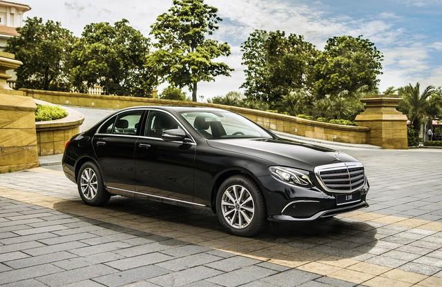 Cùng giá hơn 2,1 tỷ đồng, chọn Volvo S90 Inscription 2020 hay Mercedes-Benz E 200 2019? - Ảnh 2.