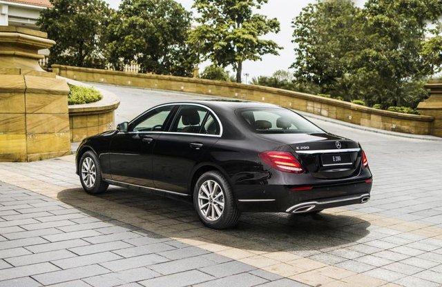 Cùng giá hơn 2,1 tỷ đồng, chọn Volvo S90 Inscription 2020 hay Mercedes-Benz E 200 2019? - Ảnh 6.