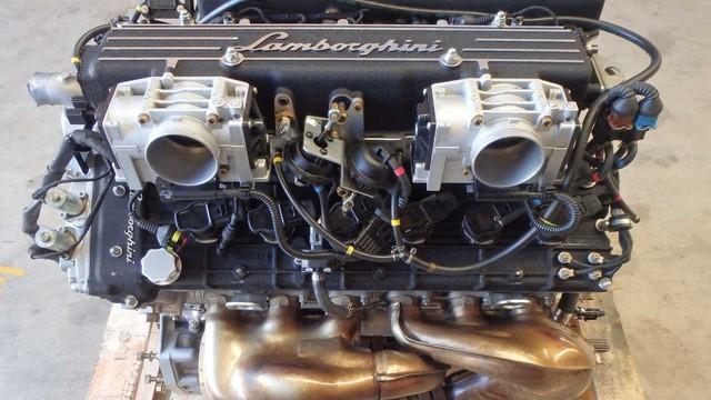 Động cơ siêu xe Lamborghini tai nạn được rao bán với giá ngang Mazda3 đời mới full trang bị