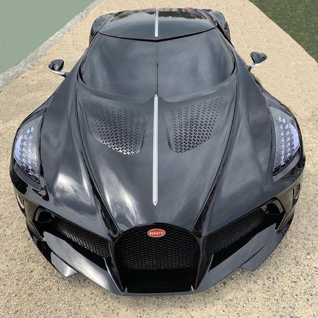 Hoàng tử Ả-rập khoe ảnh Bugatti La Voiture Noire, rất có thể là chủ nhân bí ẩn của chiếc siêu xe độc nhất thế giới