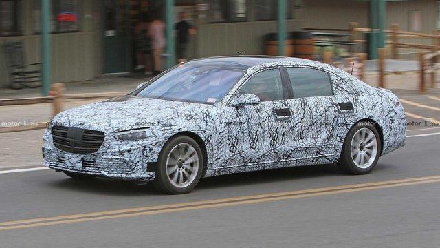 Mercedes-Benz thử thách giới hạn tốc độ S-Class mới, thách thức BMW 7-Series - Ảnh 1.